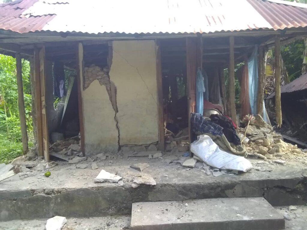 Casa destrozada de la familia de Jean Max